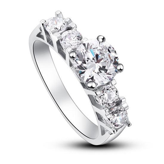 Ezüst gyűrű szív alakú kővel-8
