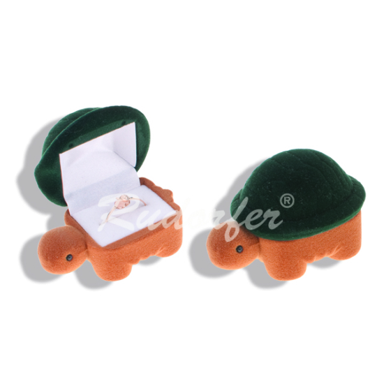 Zöld színű, teknős alakú ékszertartó doboz