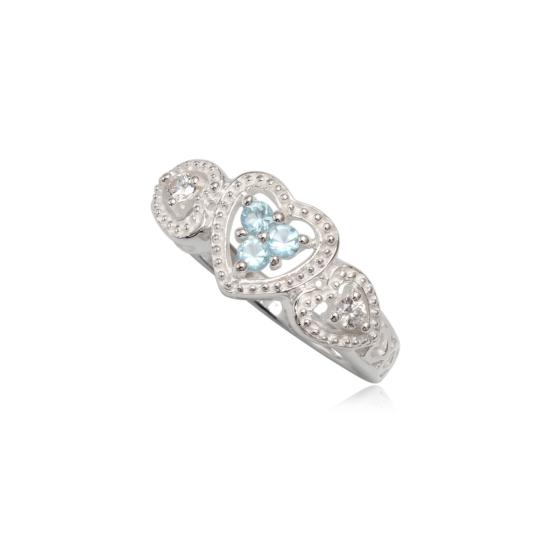 Szív alakú ezüst gyűrű kék cirkónia kristállyal