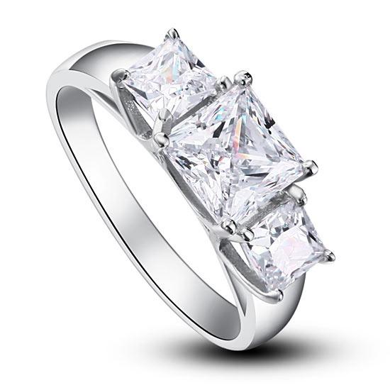 Ezüst gyűrű szintetikus gyémánt kővel-7