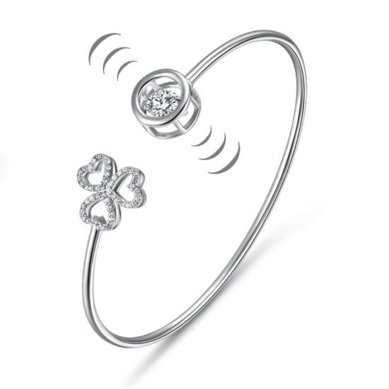 Ezüst merev karkötő táncoló szintetikus gyémánttal, szíves dísszel - 925 ezüst ékszer