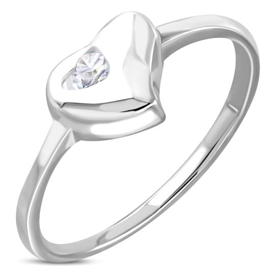 Ezüst színű, szív alakú gyűrű, cirkónia kristállyal-5,5