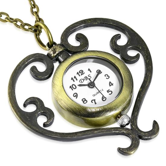 Vintage stílusú nyaklánc, szív alakú medál órával