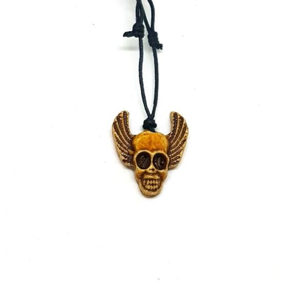 Skull - Bizsu nyaklánc csontmedállal
