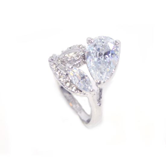 Swarovski kristályos dizájnos gyűrű